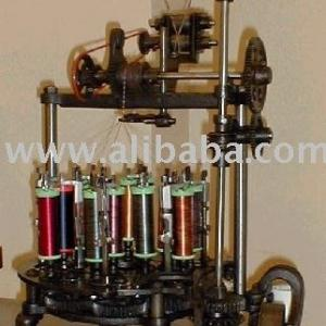16 carrier yarn braiding machine