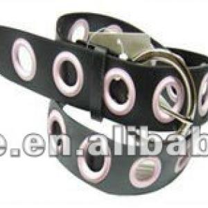 automatic eyeleting machine