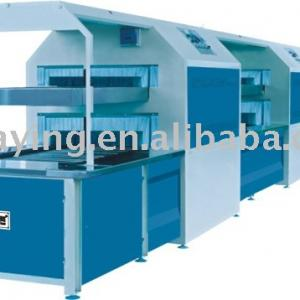 Double layer enclosed type sole attaching production line\shoe cementing machine