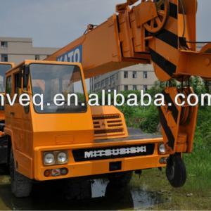 Kato mitsubishi truck crane 25ton ( Right-hand drive )