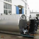 Closed milk cooling tank-