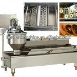 Automatic fried donut machine-
